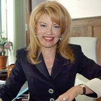 Диана Митева - изпълнителен директор на Банка ДСК